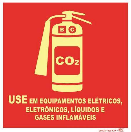 Placa Placa Extintor Co2 - Use em Equipamentos Elétricos, Eletrônicos, Líquidos e Gases Inflamavéis