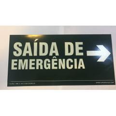 Placa Saída Emergência Esquerda - Certificada Rota Fuga - S17E - Fotoluminescente  - 13x26 cm